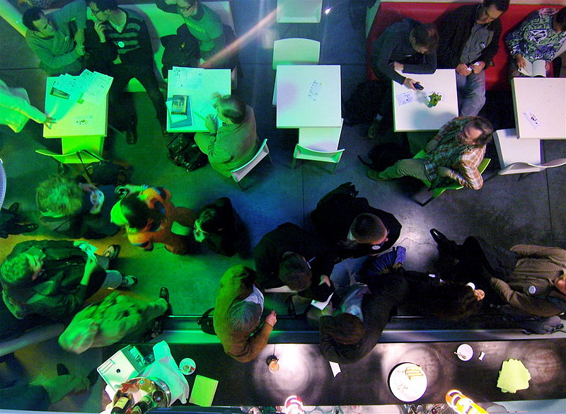 Ein Barcamp in Marseille (Foto: Luc Legay / Wikimedia Commons)...