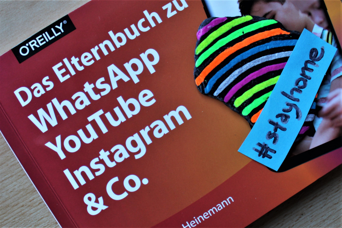 #stayhome Elternbuch WhatsApp YouTube Instagram